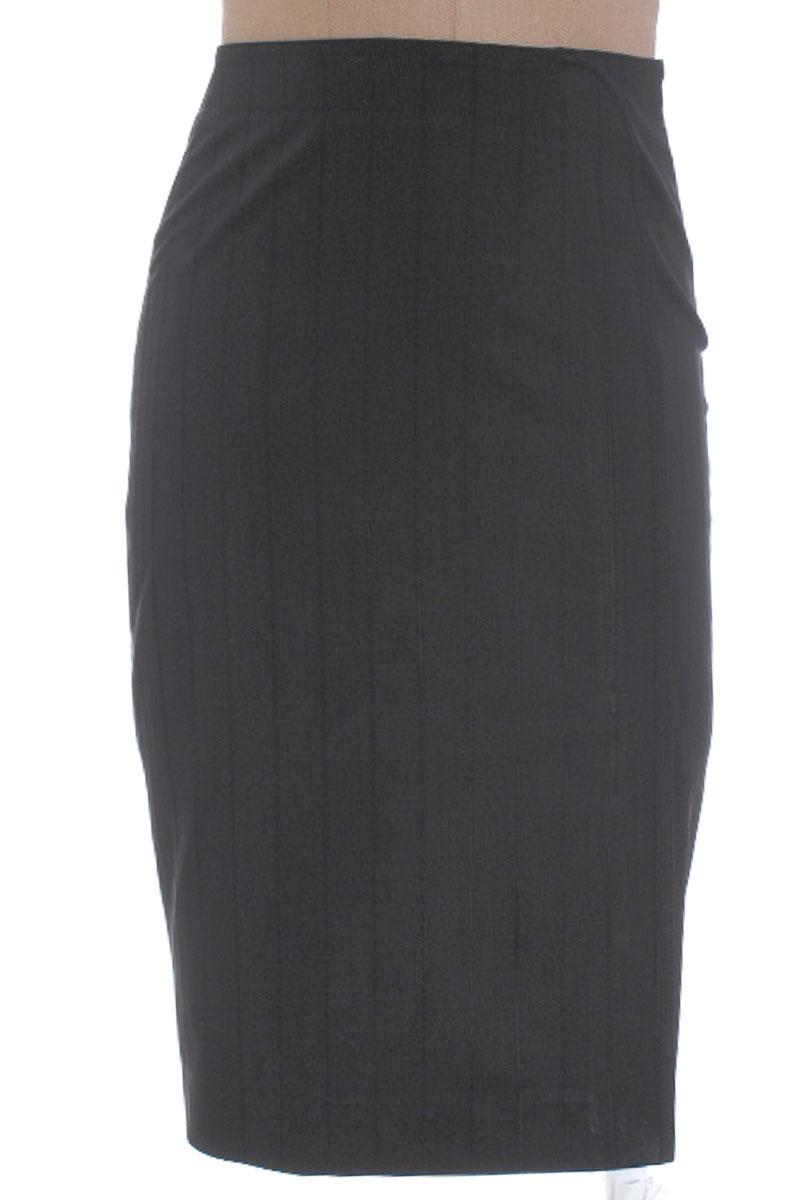 Falda Elegante color Negro - MNG