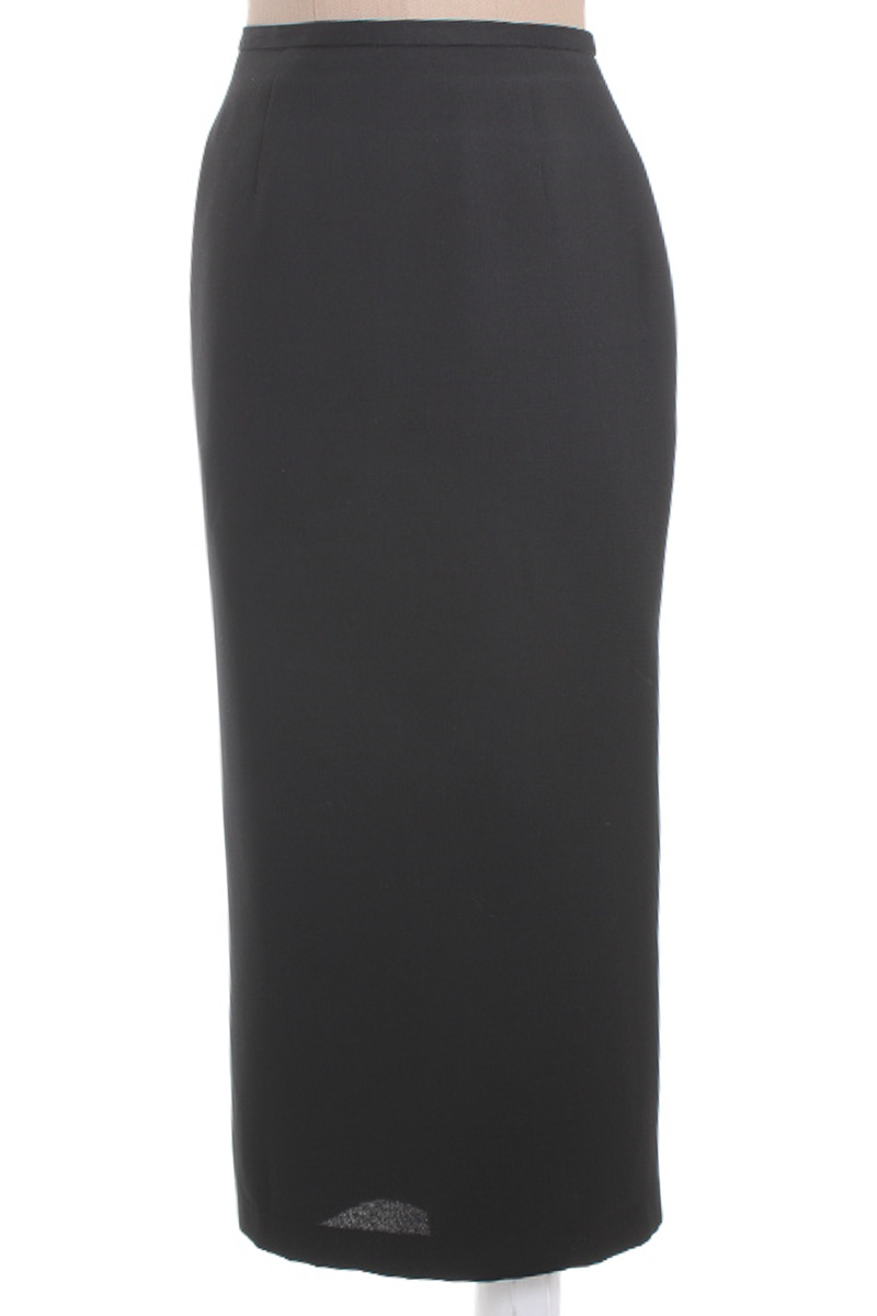 Falda Elegante color Negro - EMMA JAMES