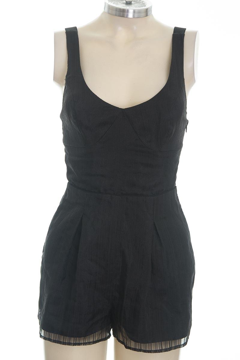 Vestido / Enterizo color Negro - BCBG