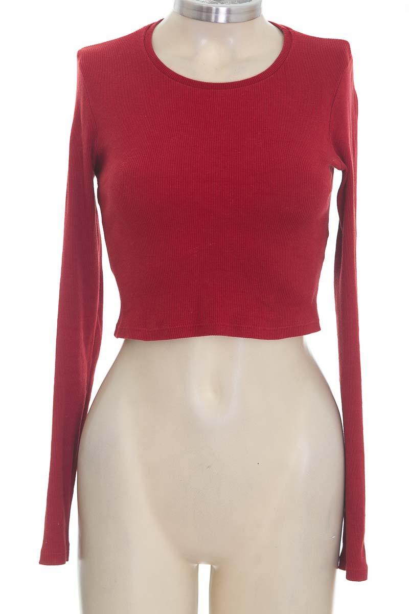 Top / Camiseta color Rojo - Zara