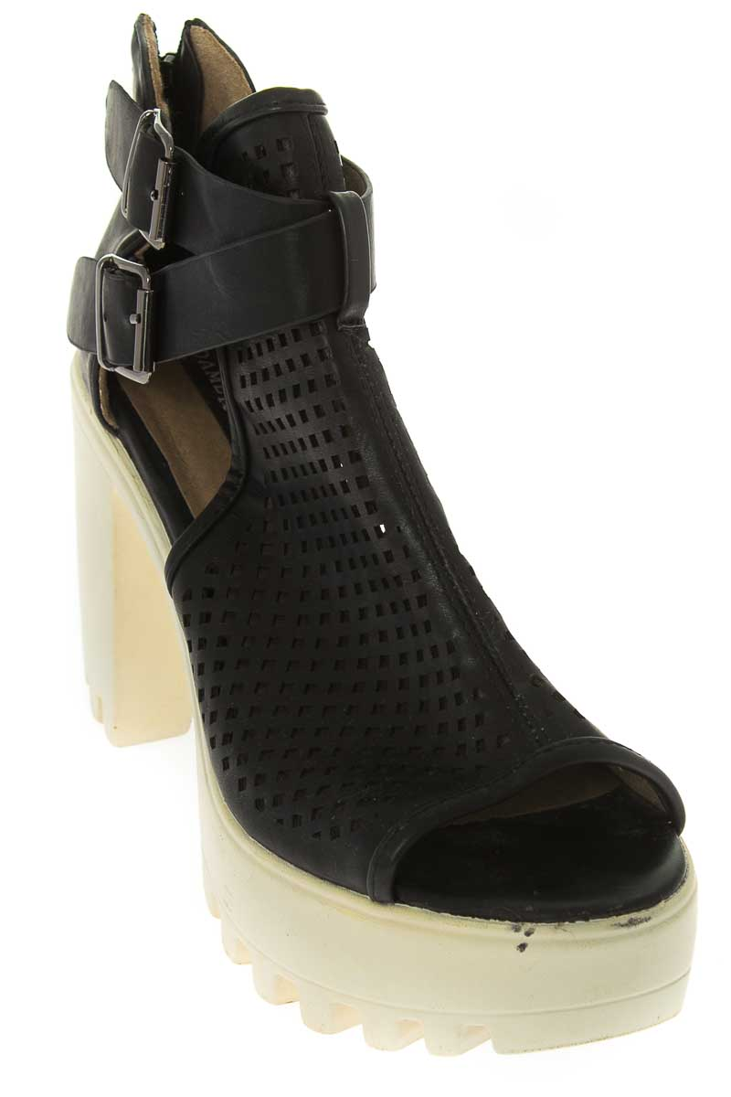 Zapatos Botín color Negro - DameRose