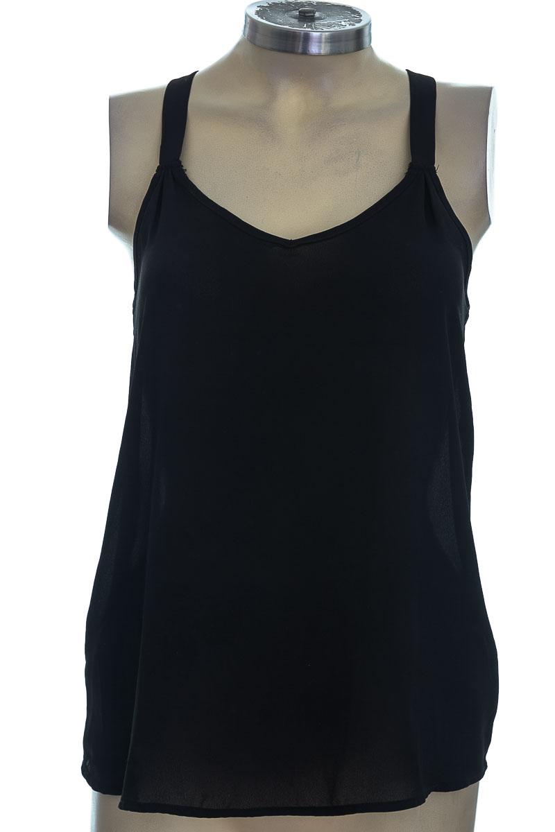 Top / Camiseta color Negro - Pink Republic