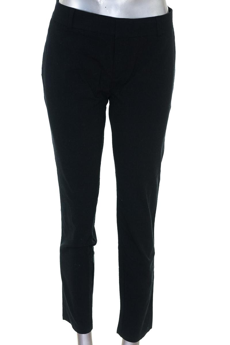 Pantalón Casual color Negro - Banana Republic