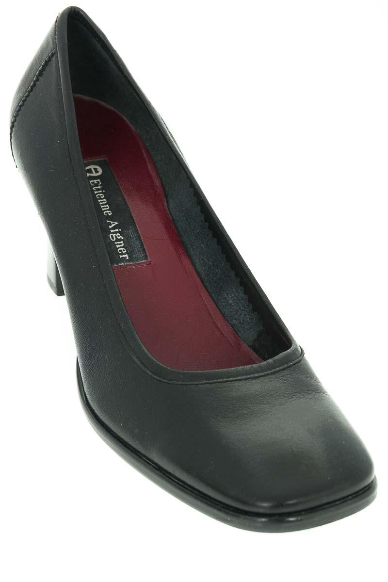 Zapatos Tacón color Negro - Etienne Aigmer