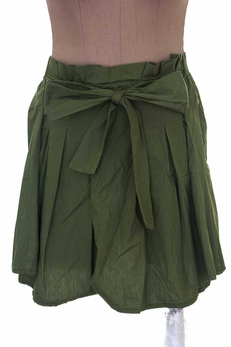 Falda Casual color Verde - Loguin