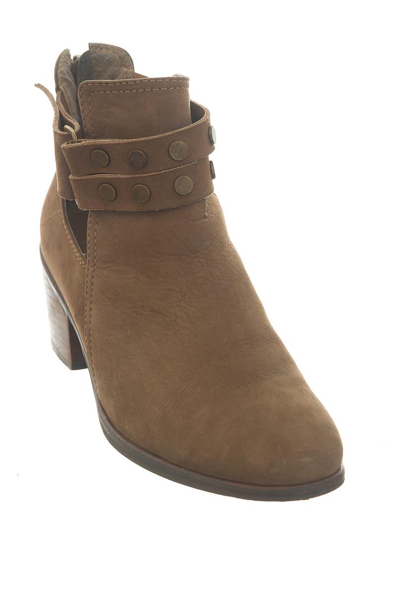 Zapatos color Café - Esprit