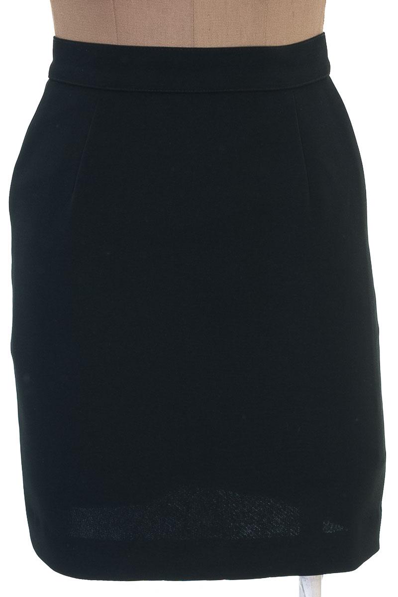 Falda Elegante color Negro - ZUT