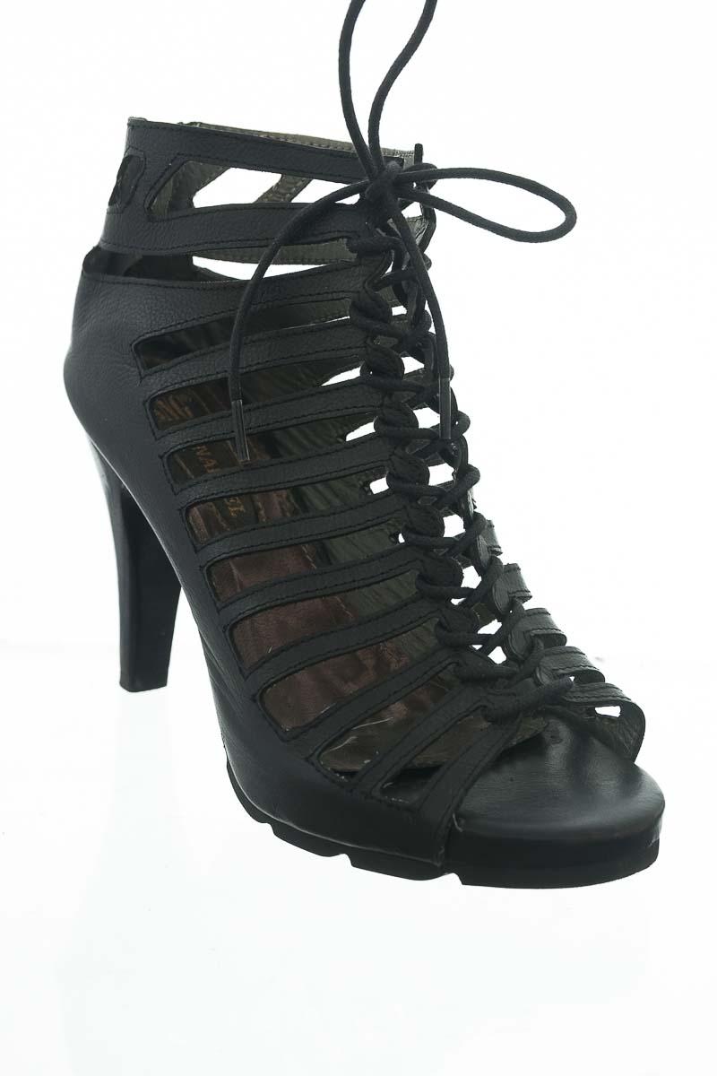 Zapatos color Negro - Sanangel
