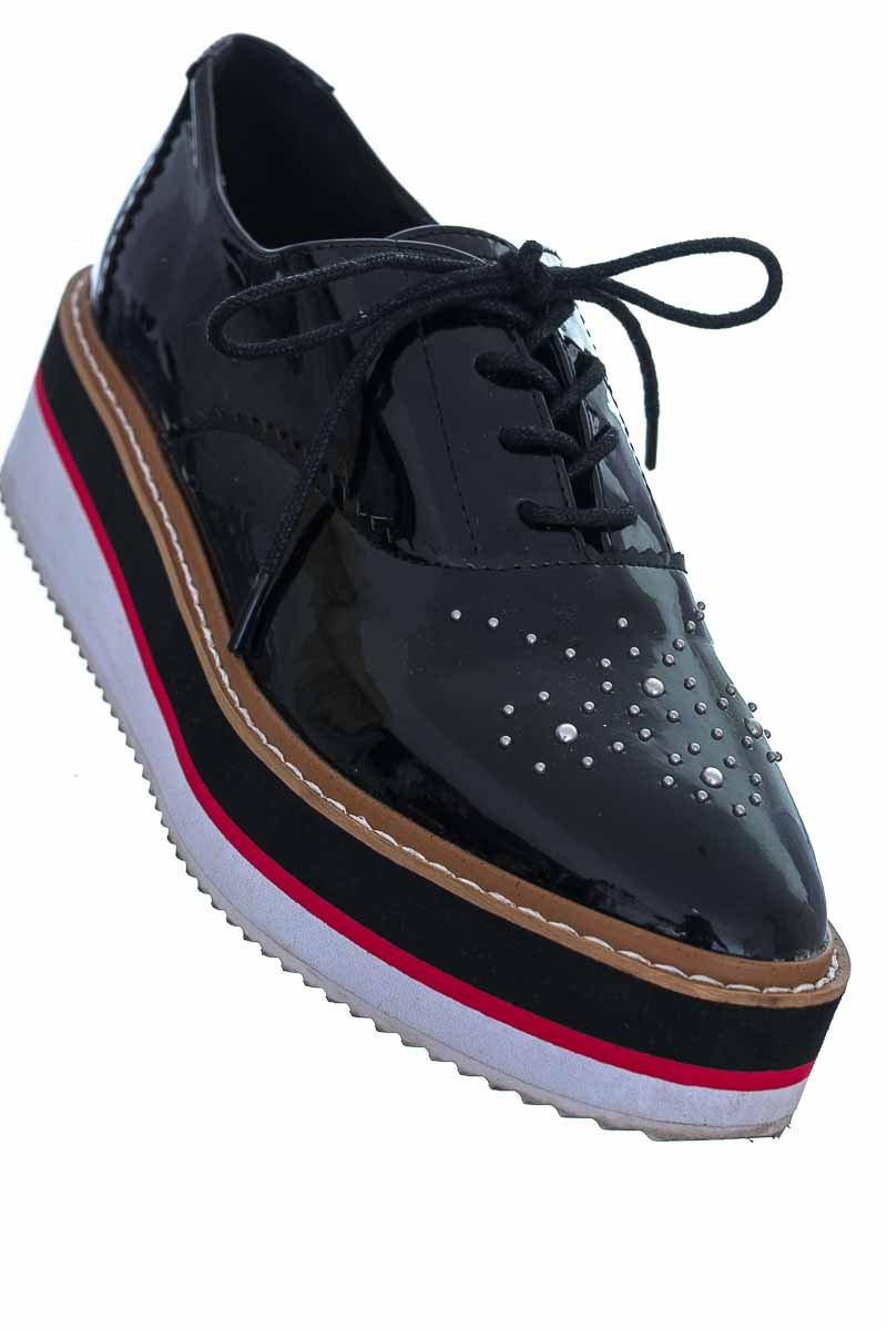 Zapatos color Negro - Basement