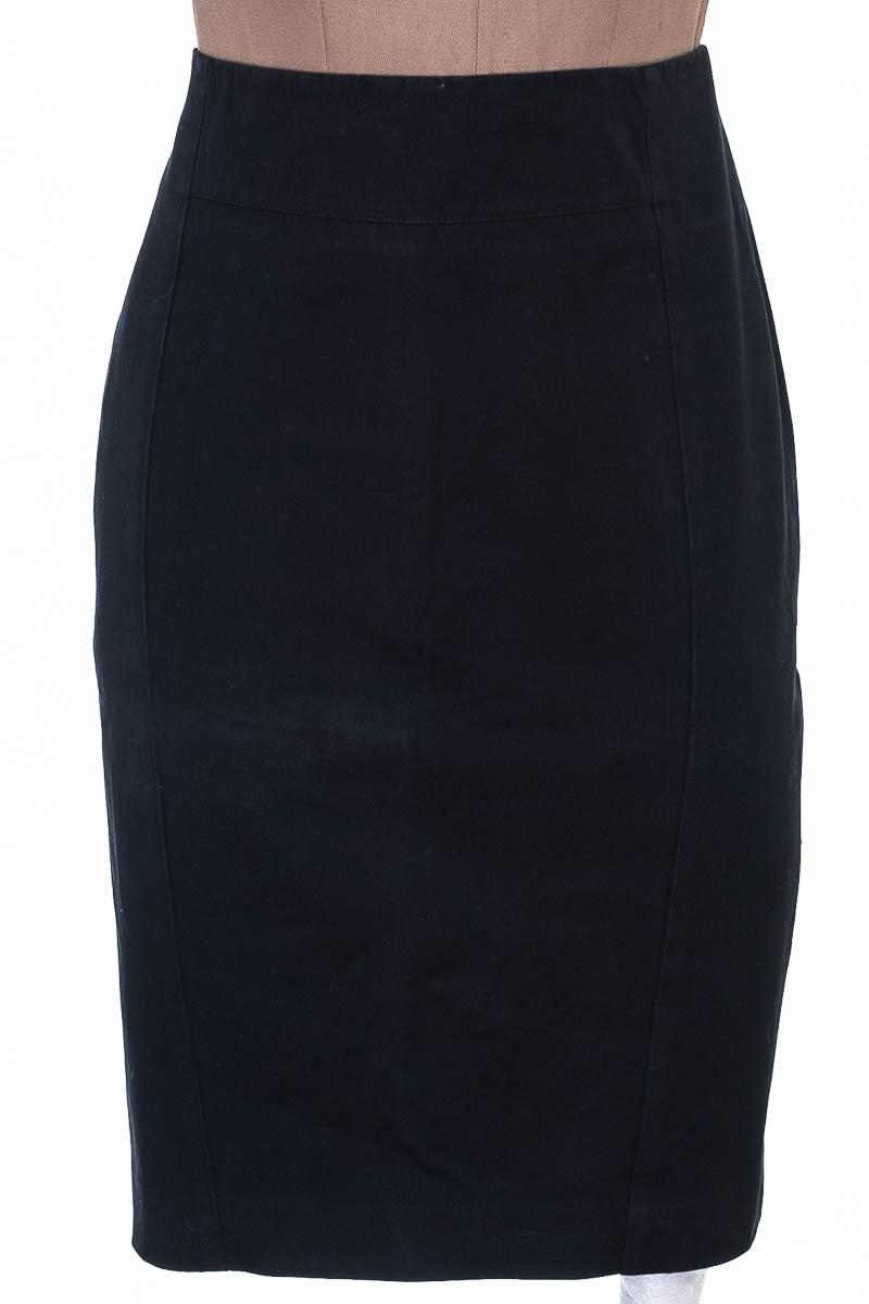 Falda Elegante color Negro - Ann Taylor