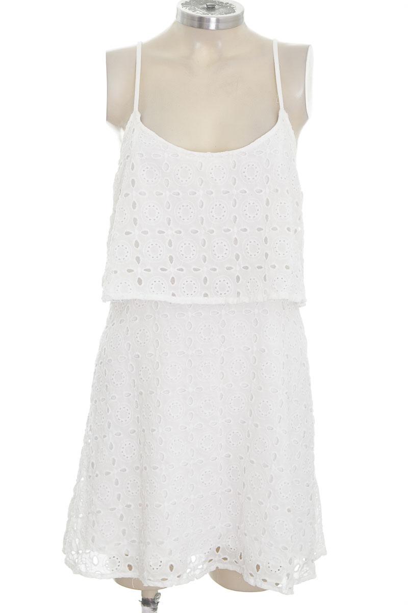 Vestido / Enterizo color Blanco - Abercrombie