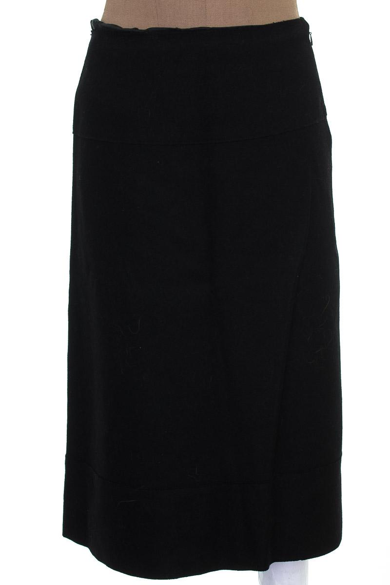 Falda Elegante color Negro - Industrie
