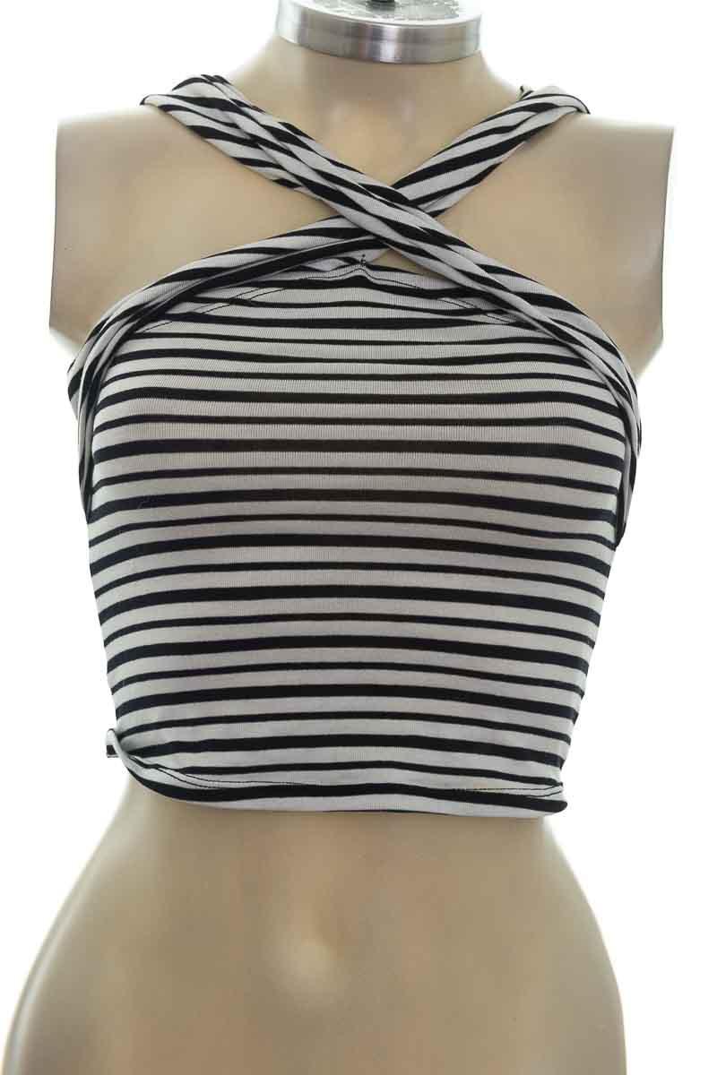 Top / Camiseta color Blanco - ATYPICAL