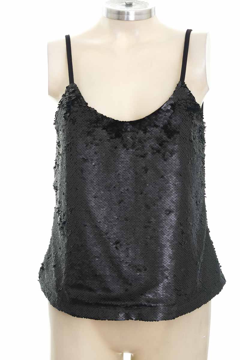 Top / Camiseta color Negro - Pacifika