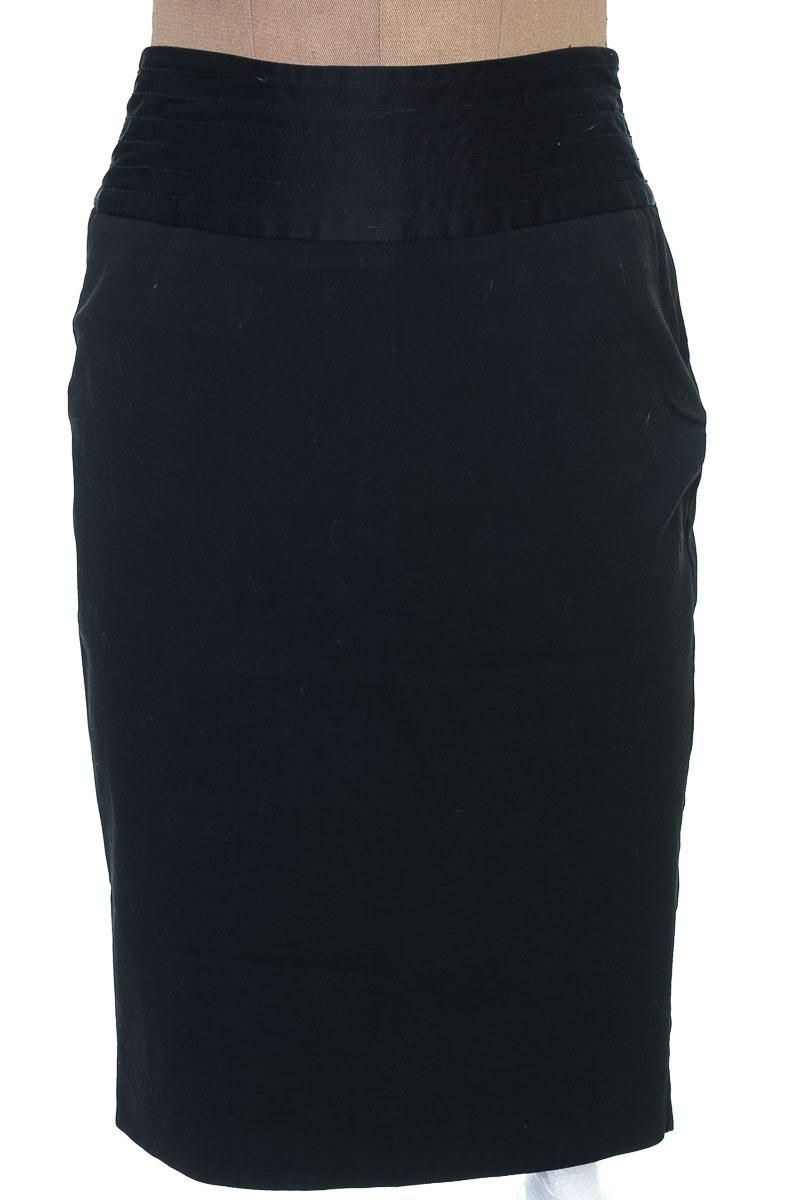 Falda Elegante color Negro - Old Navy