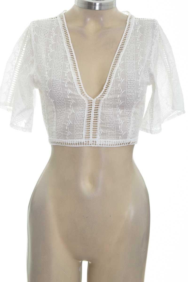 Blusa color Blanco - Closeando