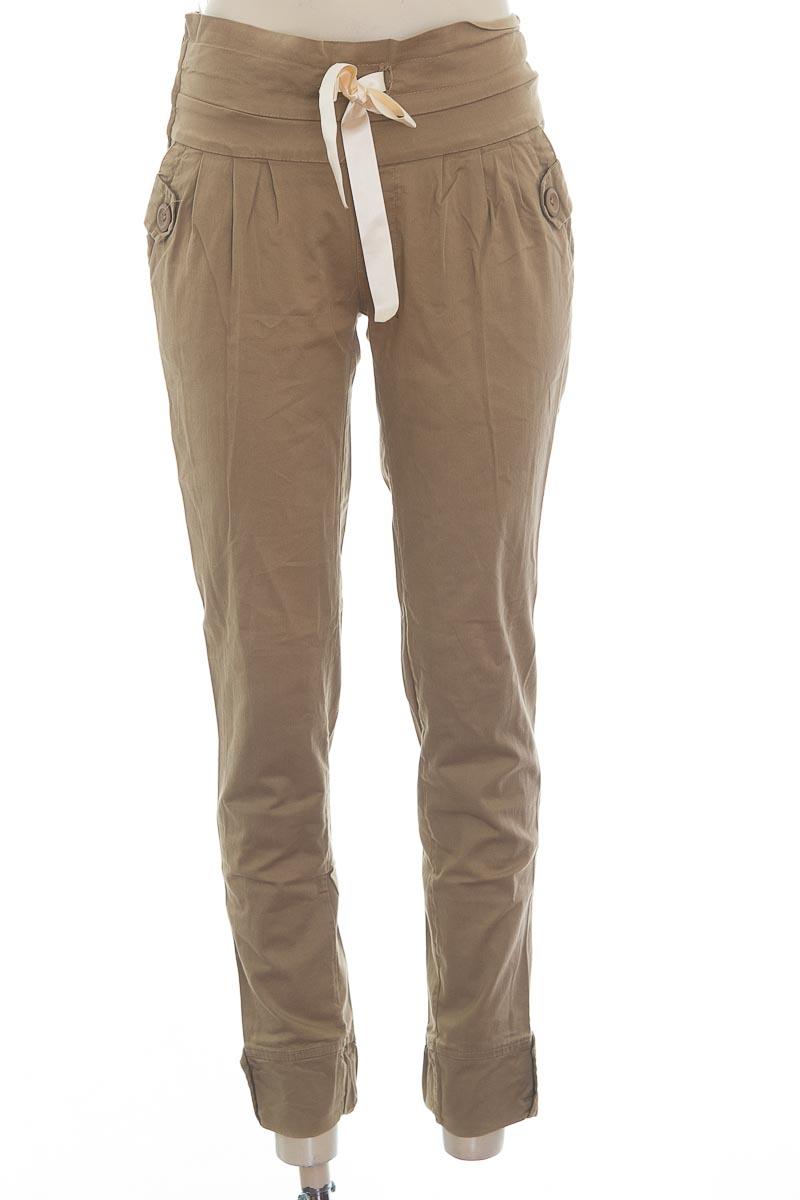 Pantalón color Verde - Closeando