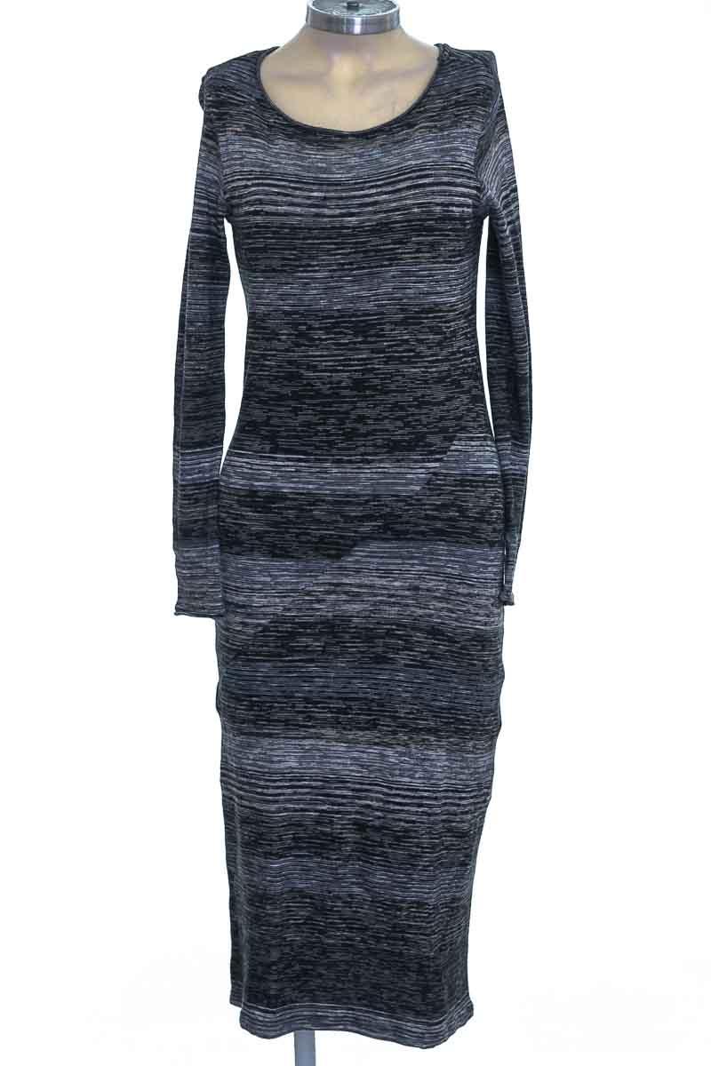 Vestido / Enterizo color Negro - Massimo Dutti