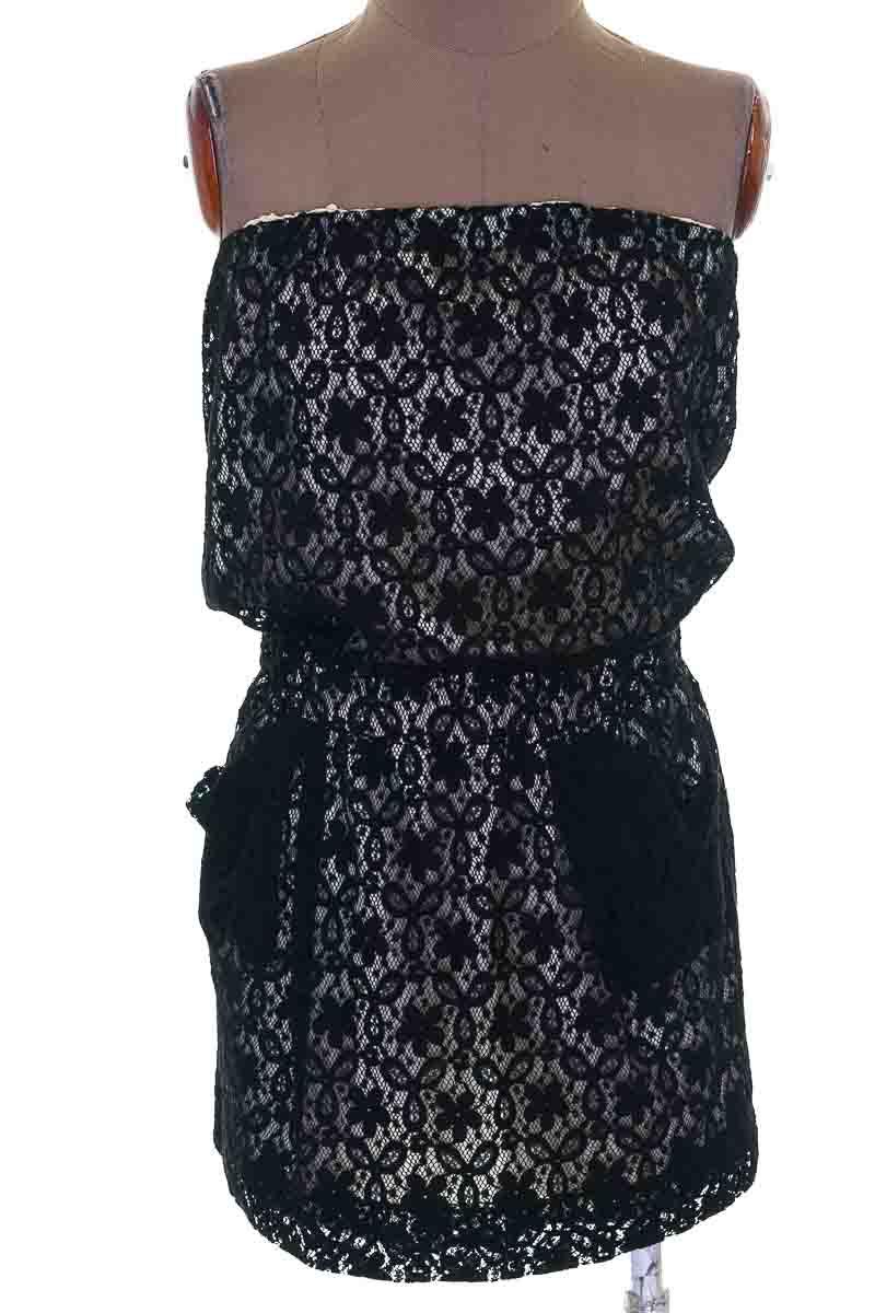 Vestido / Enterizo Casual color Negro - Collective Concepts