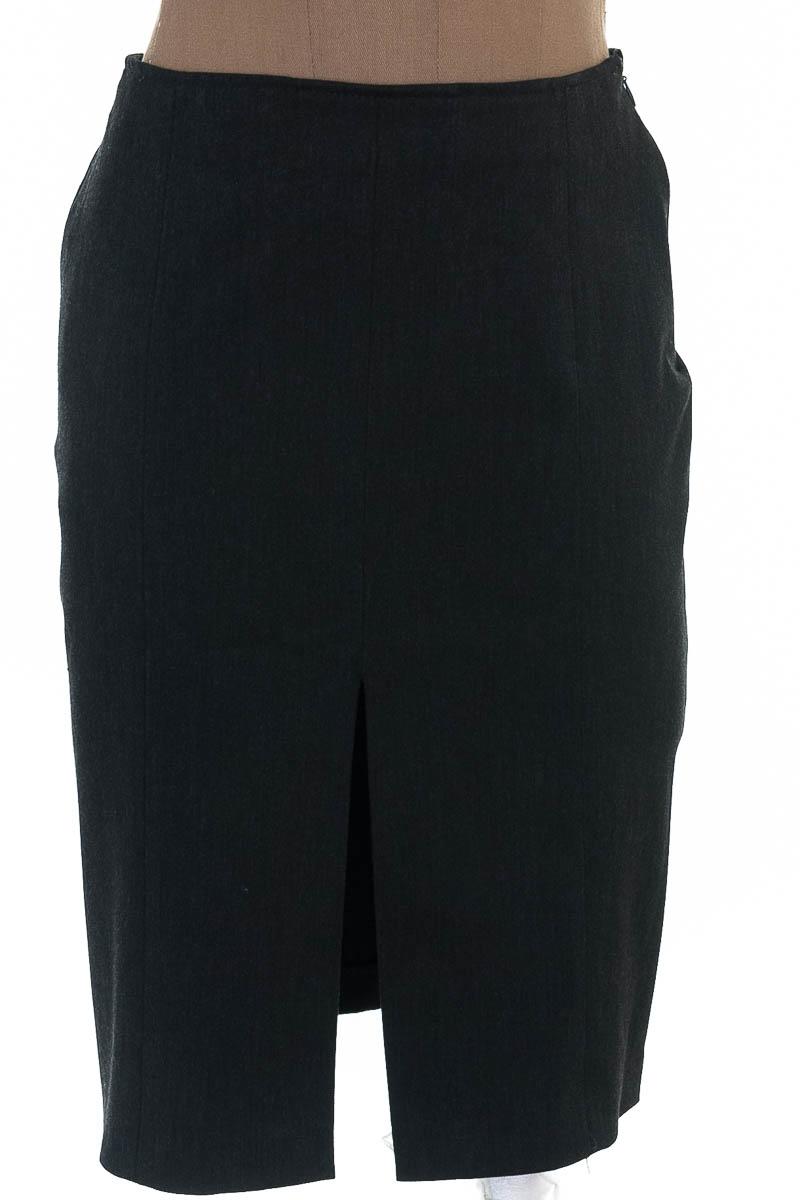 Falda Elegante color Negro - Compagnia Italiana