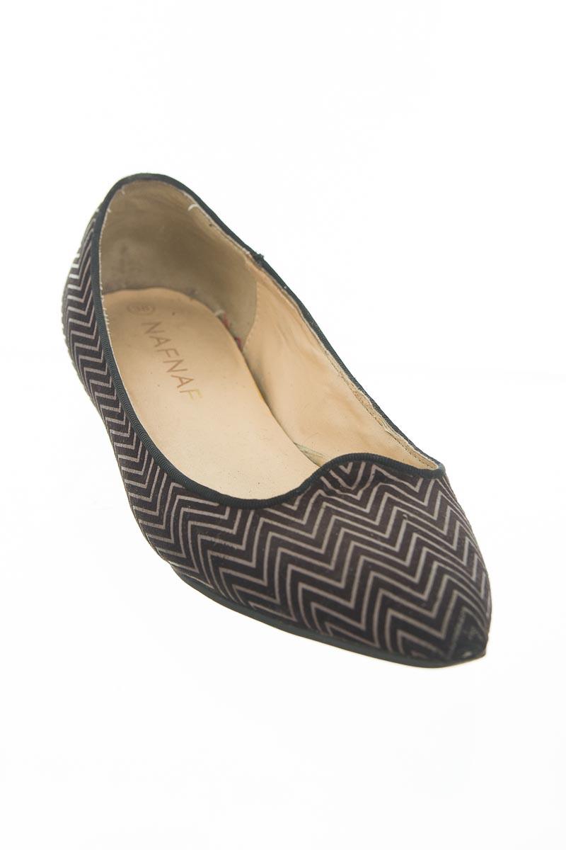 Zapatos color Negro - NAF NAF