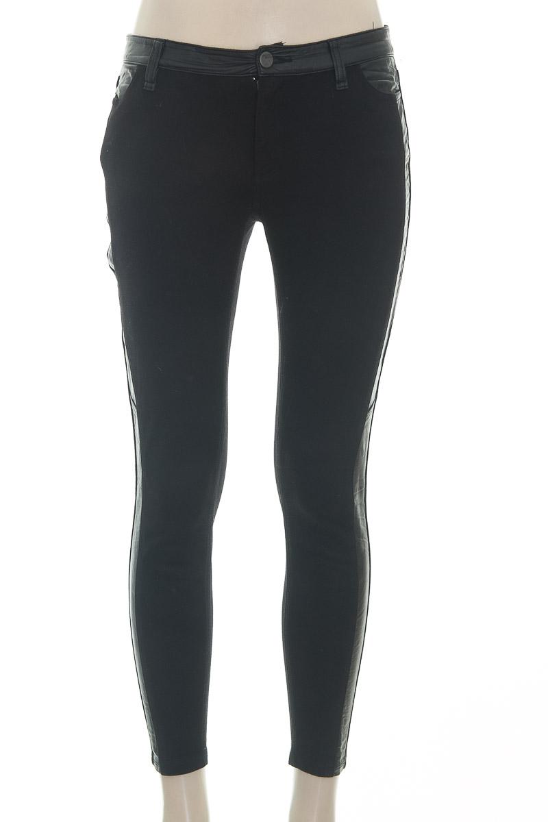 Pantalón color Negro - DKNY