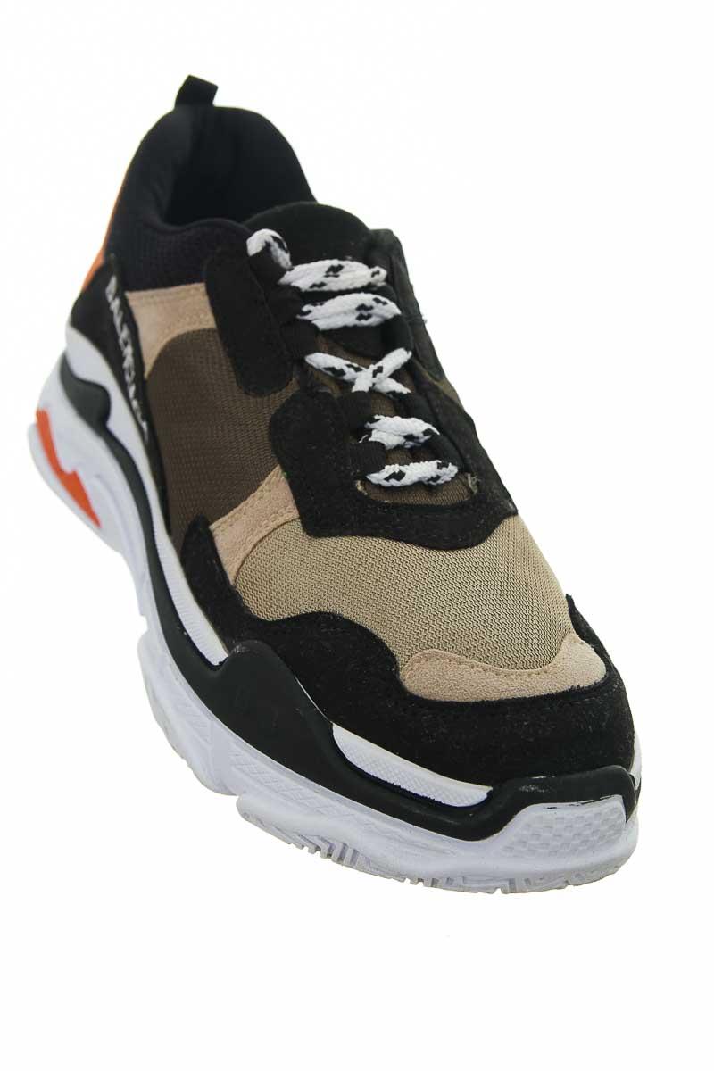 Zapatos color Negro - Closeando