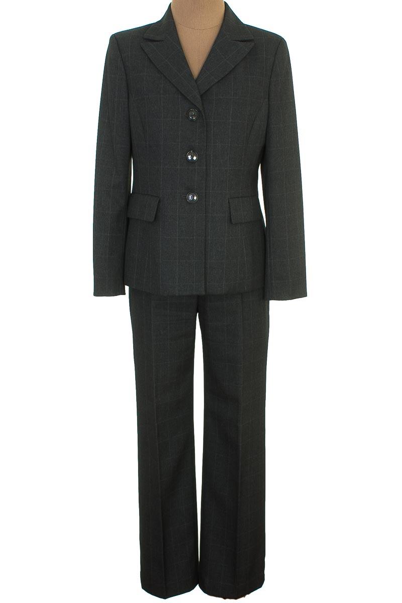 Conjunto Conjunto de Pantalón color Gris - Kasper