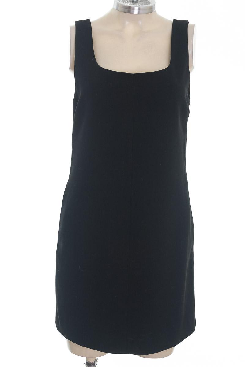Vestido / Enterizo color Negro - Express