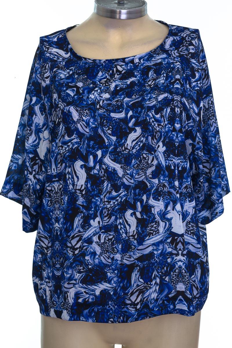 Blusa color Azul - Arkitect by Custo