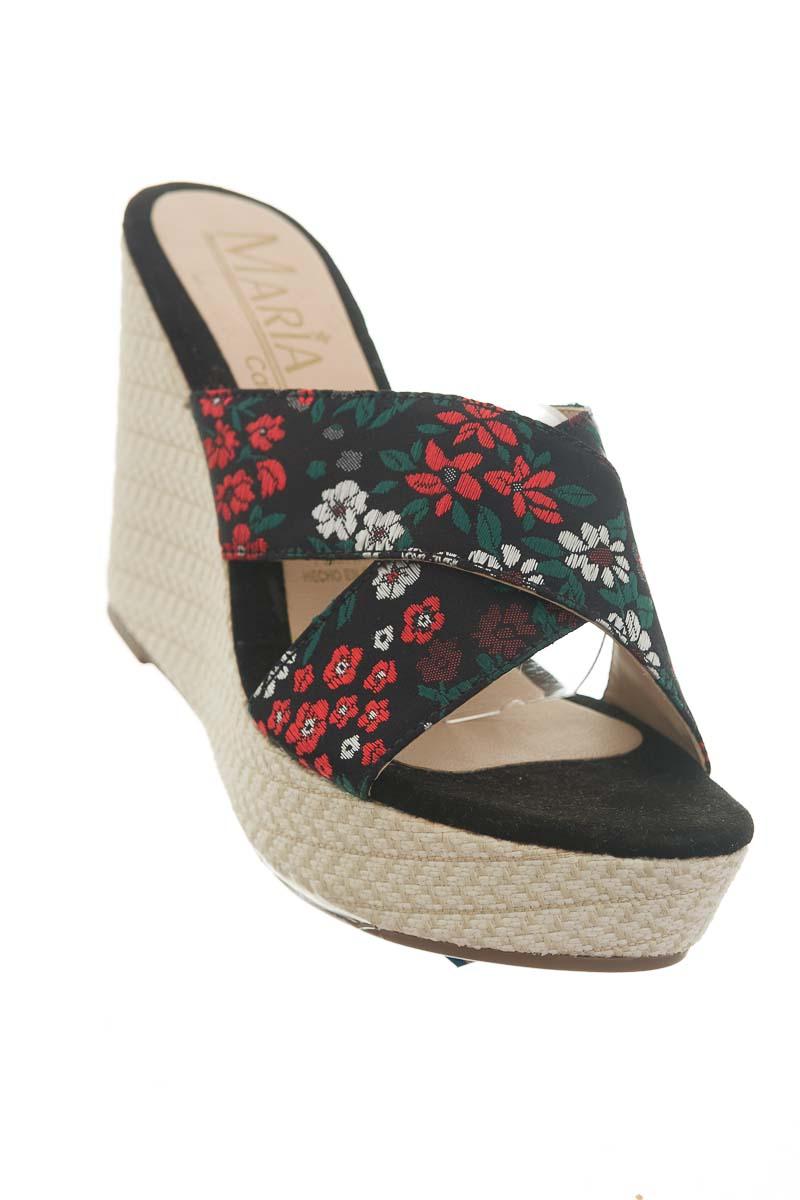 Zapatos color Negro - María K