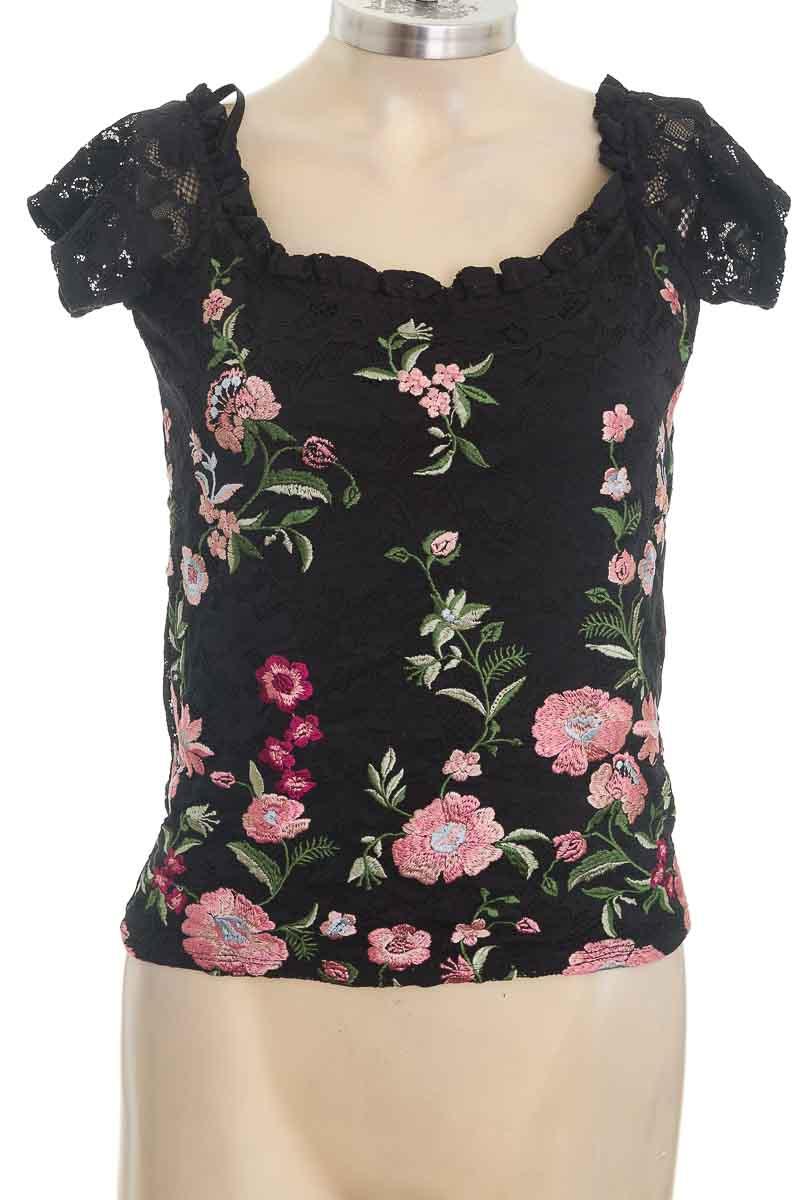 Blusa color Negro - ELA