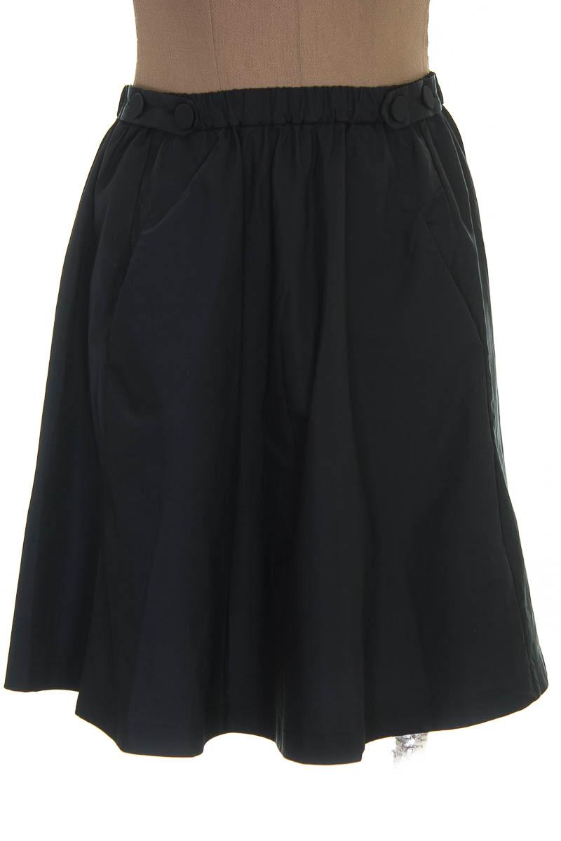 Falda Elegante color Negro - Color Siete