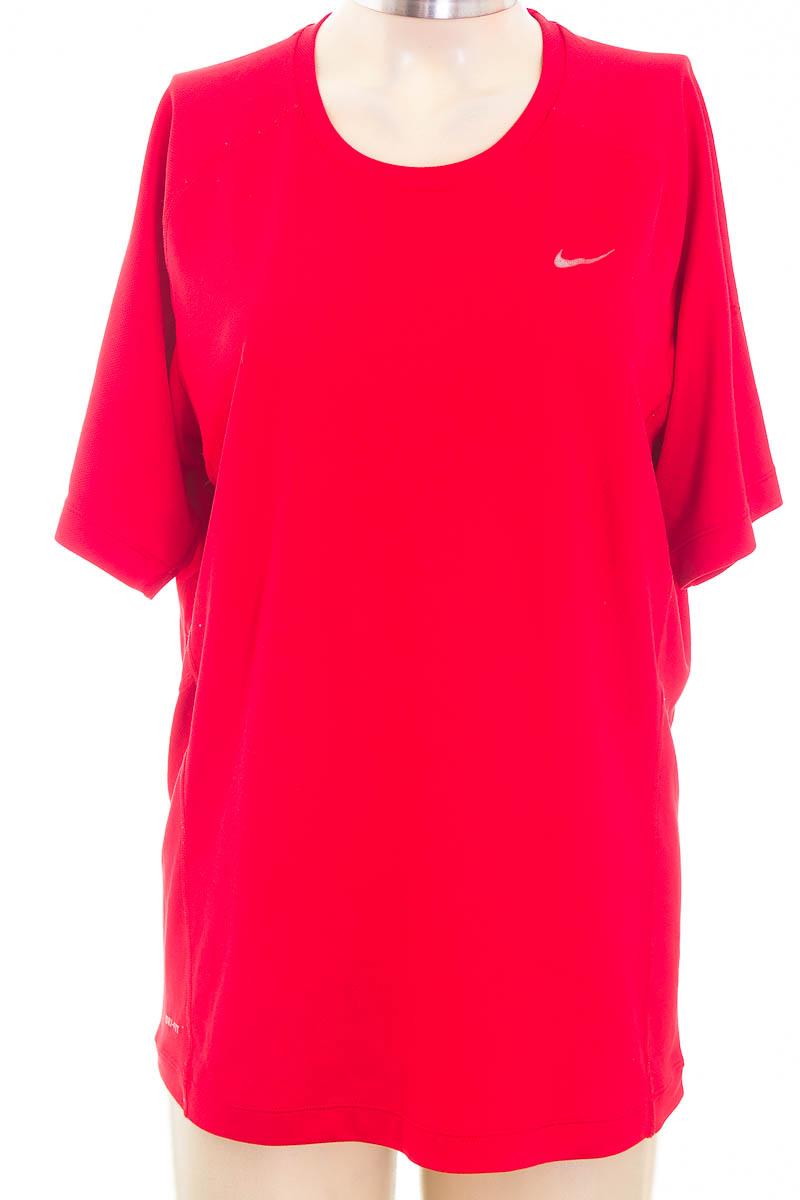 Ropa Deportiva / Salida de Baño color Rojo - Nike