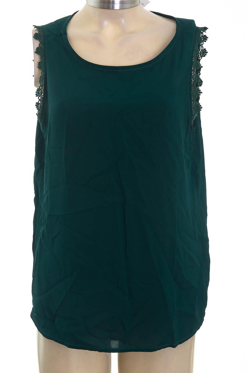 Top / Camiseta color Verde - Leonisa