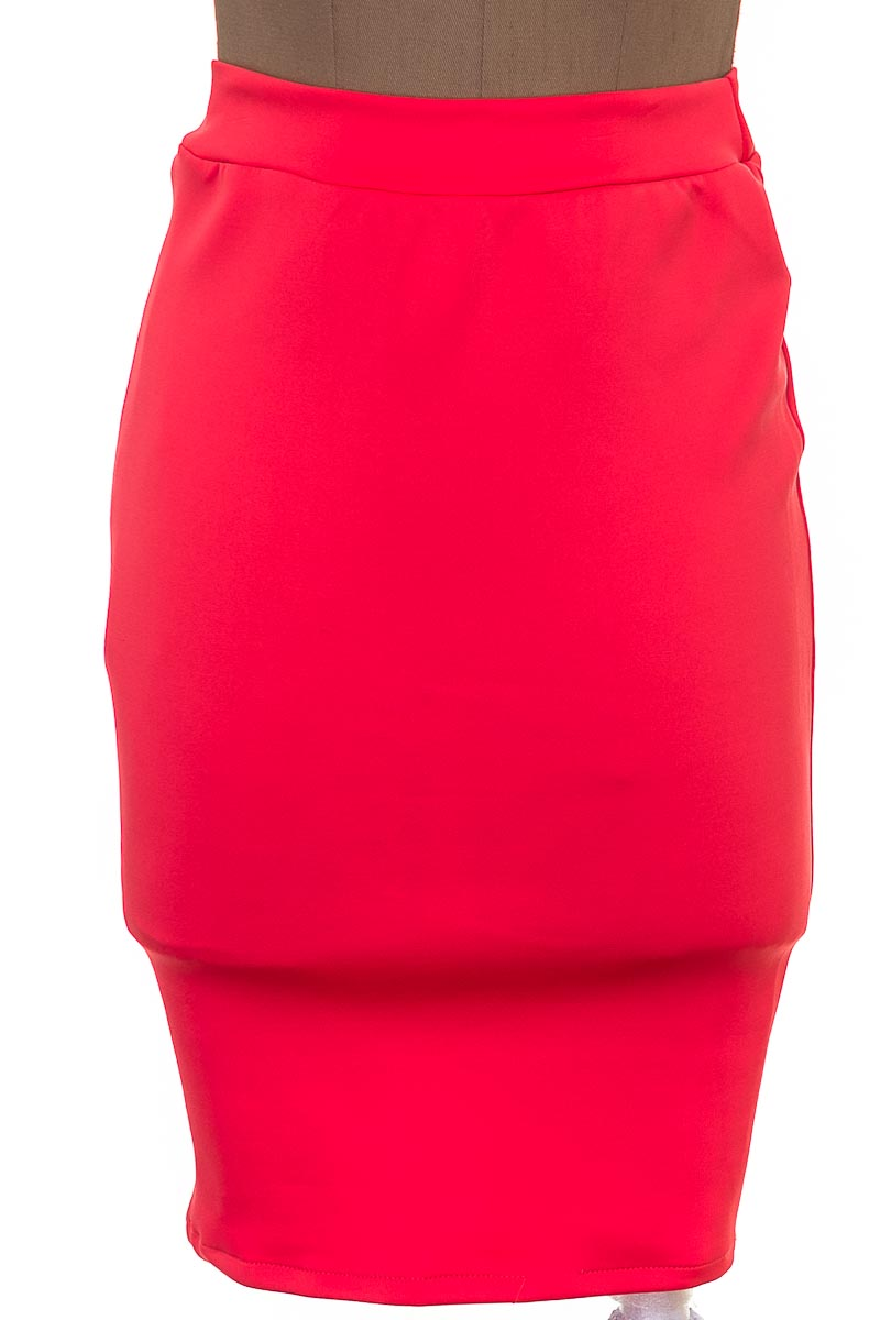 Falda Elegante color Rojo - BOULEVARD