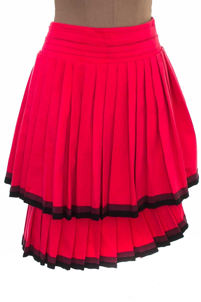 Falda Elegante color Fucsia - Closeando