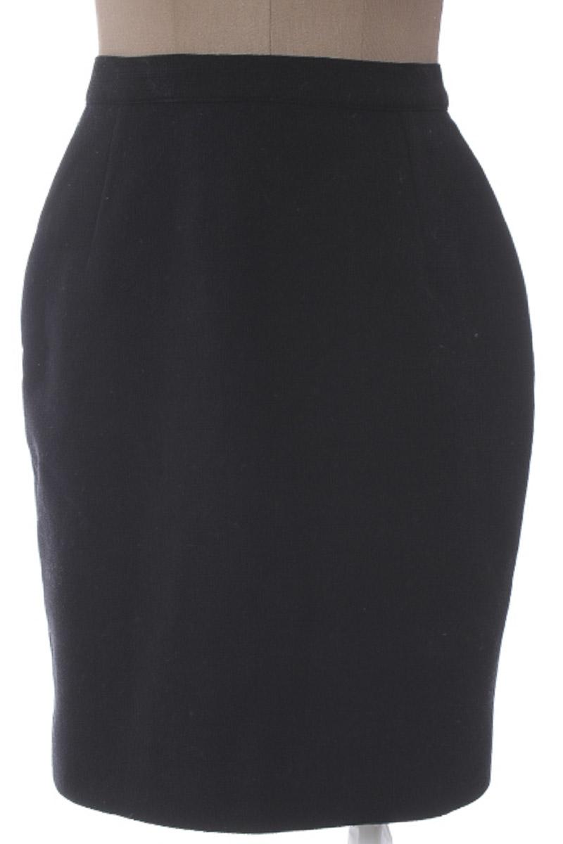 Falda Elegante color Negro - KALENA JEANTON