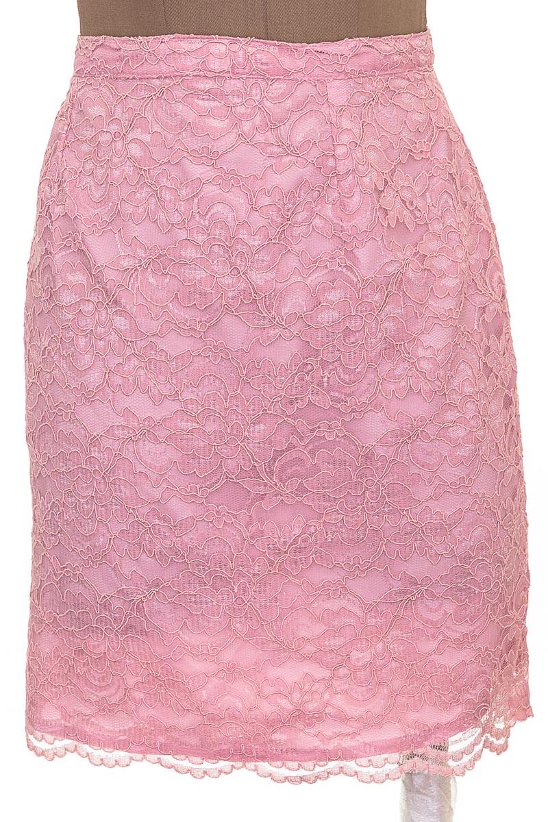 Falda Elegante color Rosado - Closeando