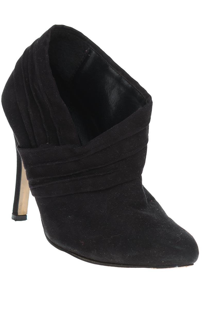 Zapatos Botín color Negro - LILIANA