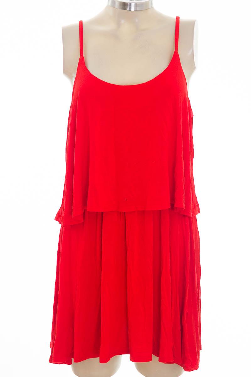 Vestido / Enterizo color Rojo - Basement