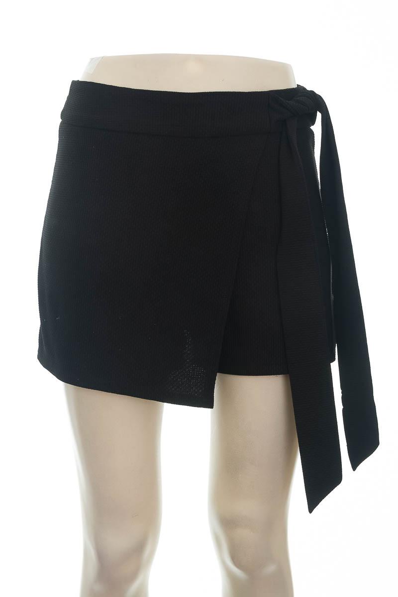 Short color Negro - Windsor