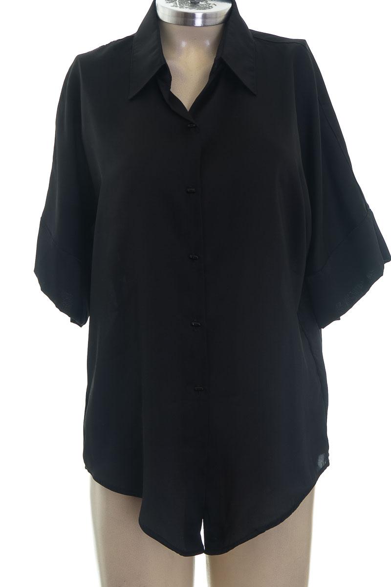 Blusa color Negro - Arkitect