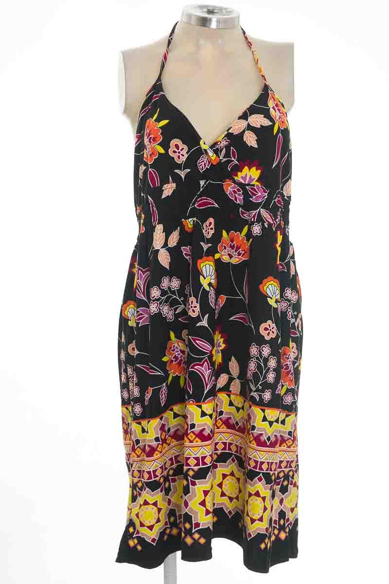 Vestido / Enterizo color Negro - Hot Product