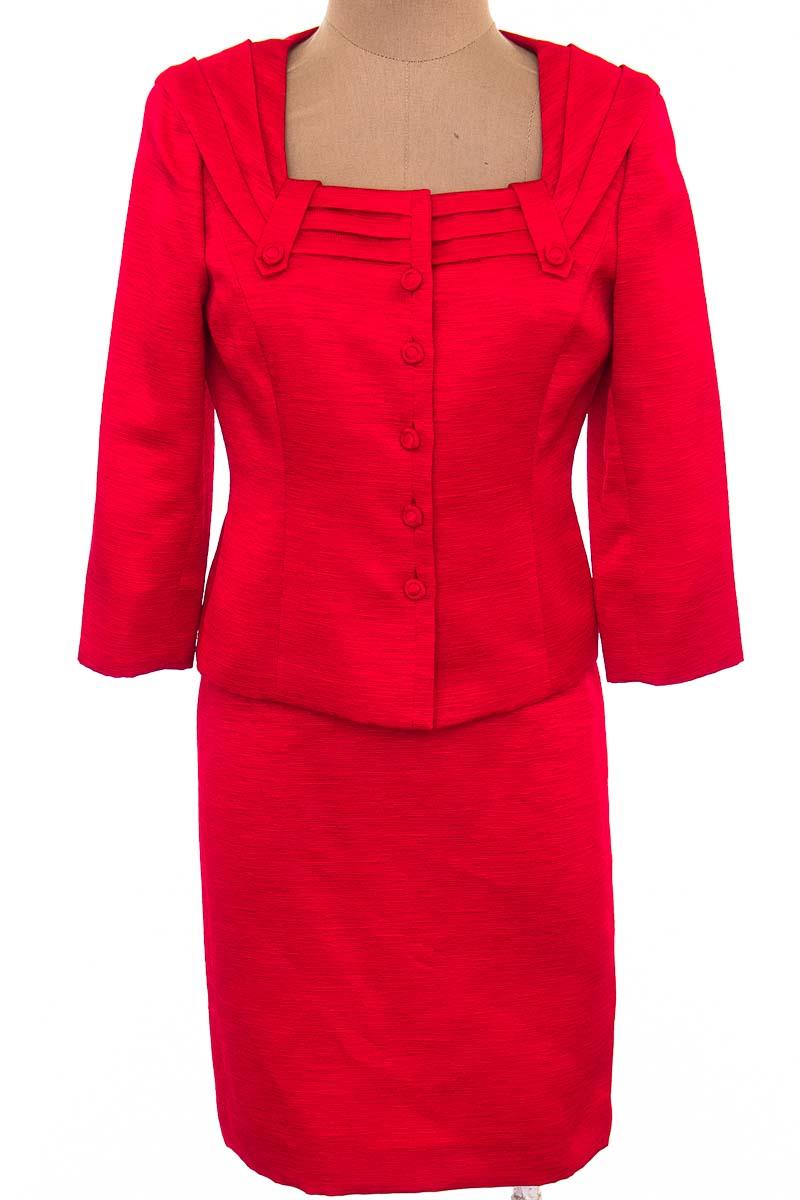 Conjunto Conjunto de Falda color Rojo - Tahari