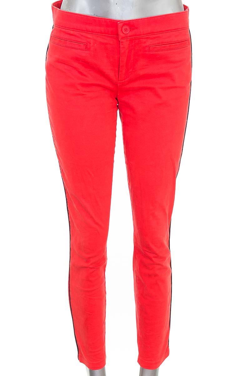 Pantalón Casual color Rojo - GAP