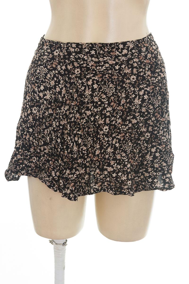 Falda color Negro - Picture Principle