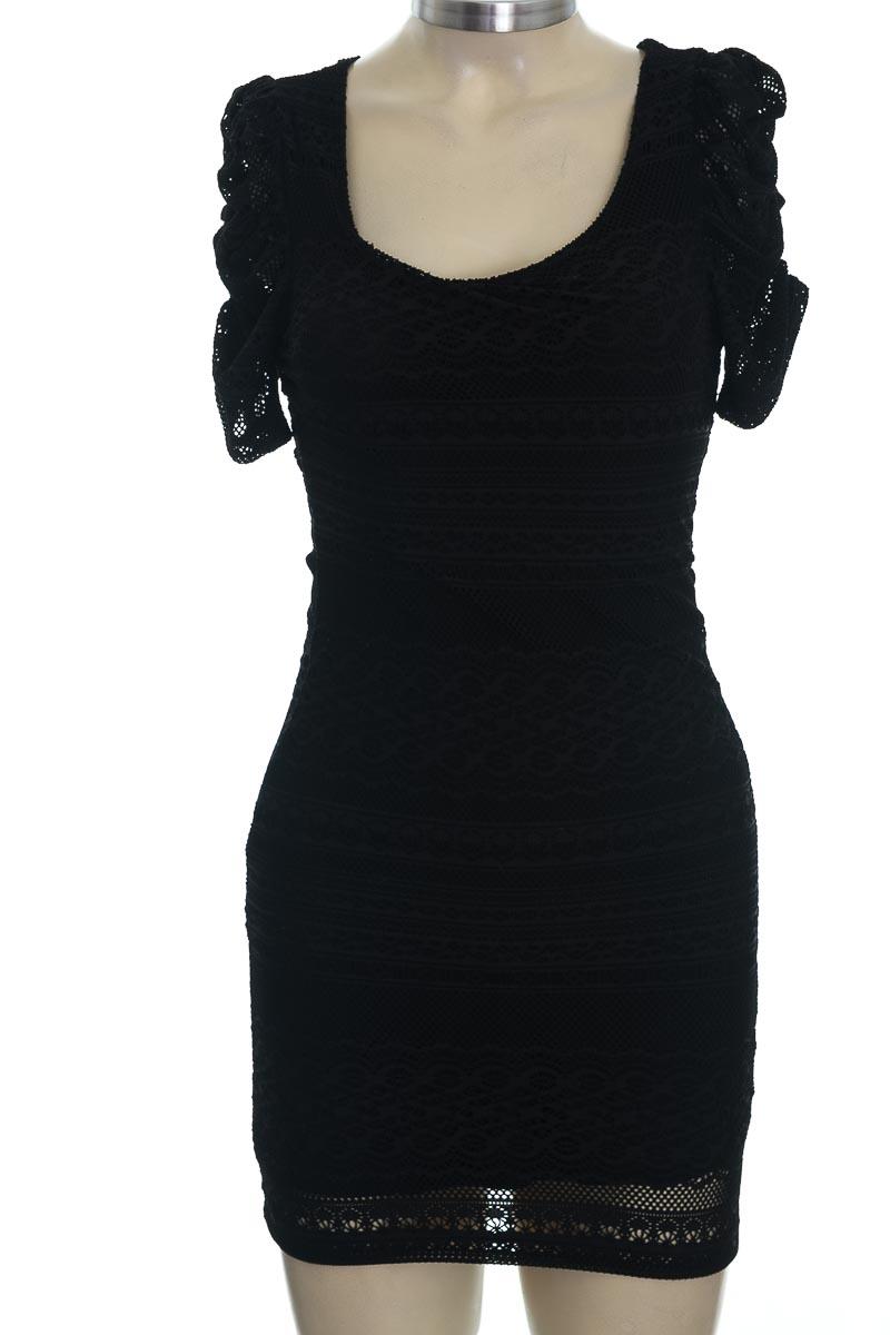 Vestido / Enterizo color Negro - Forever 21