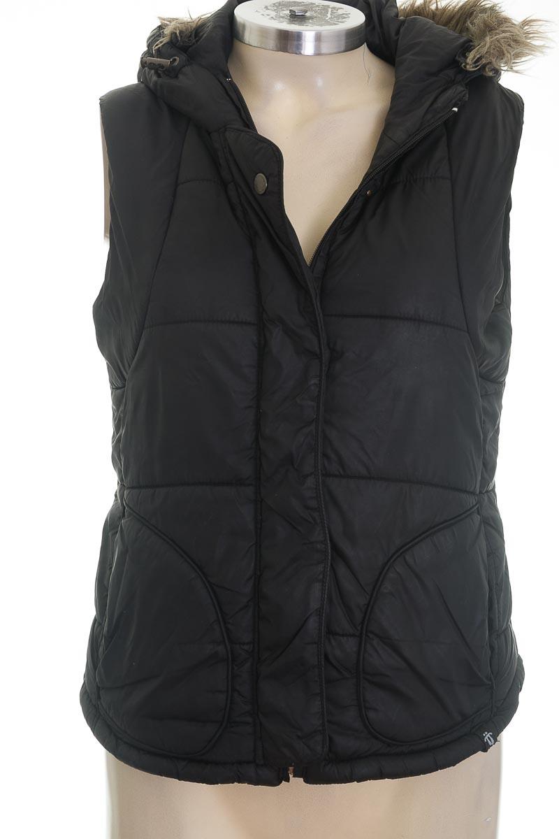 Chaqueta / Abrigo color Negro - Totto