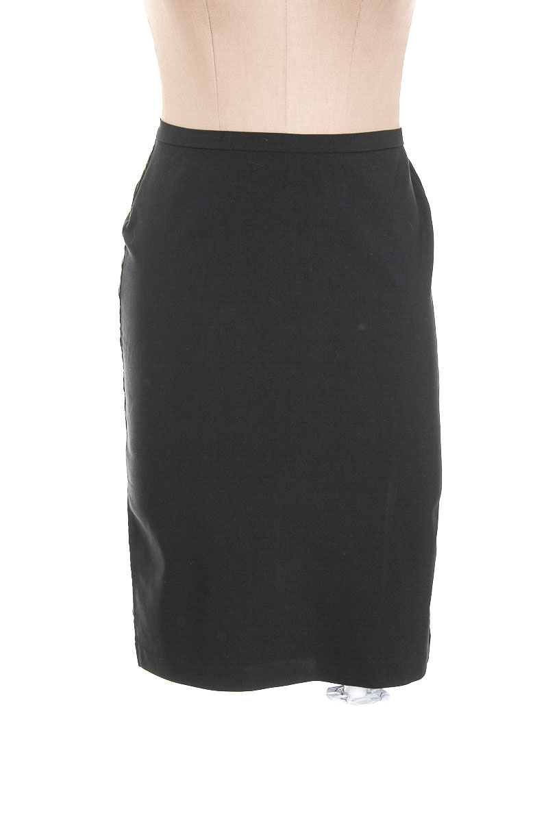Falda Elegante color Negro - ABRIL